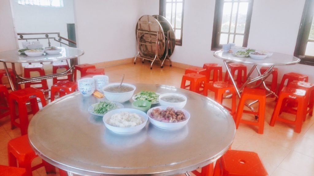Nhà ăn của công ty Du Học Tây Nguyên